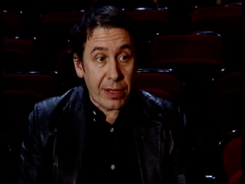 vidéos et rushes de george harrison tribute concert; itn royal albert hall int jools holland interviewed sot - went in rehearsal, it sounded amazing, it was gathering of... - jools holland