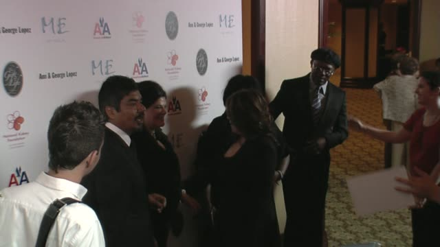 george lopez, ann lopez, latanya richardson, and samuel l jackson at the 29th annual the gift of life gala at the hyatt regency century plaza hotel... - hyatt regency stock videos & royalty-free footage