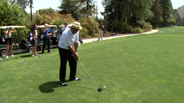 george lopez at the 2nd annual national kidney foundation celebrity golf classic at toluca lake ca. - toluca lake stock videos & royalty-free footage