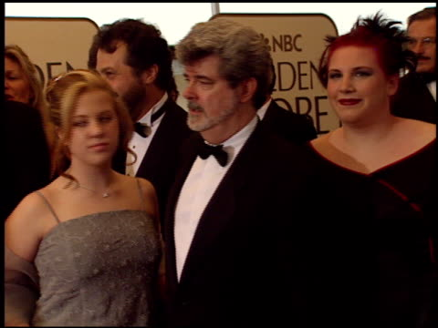 vídeos de stock, filmes e b-roll de george lucas at the 1999 golden globe awards at the beverly hilton in beverly hills california on january 24 1999 - george lucas