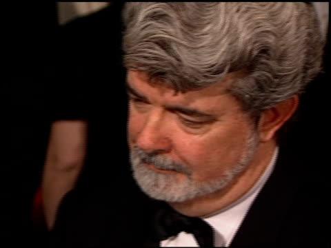 vídeos de stock, filmes e b-roll de george lucas at the afi celebration honoring harrison ford at the beverly hilton in beverly hills california on february 17 2000 - george lucas