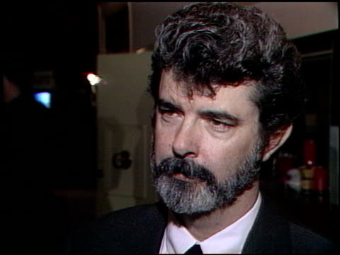 vídeos de stock, filmes e b-roll de george lucas at the george lucas receives jean renoir award at sportsmans' lodge in los angeles california on march 13 1989 - george lucas