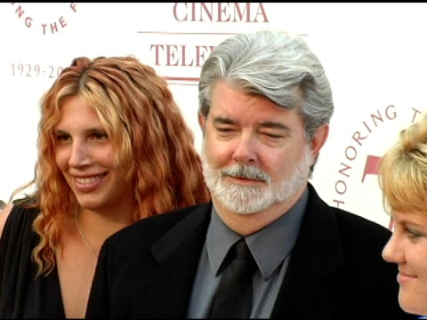 vídeos de stock, filmes e b-roll de george lucas at the usc school of film and television's 75th anniversary gala at hobart auditorium in los angeles california on september 26 2004 - george lucas
