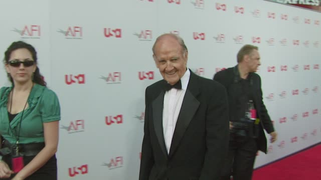george mcgovern at the warren beatty to be honored with 36th afi lifetime achievement award at los angeles ca. - warren beatty stock videos & royalty-free footage