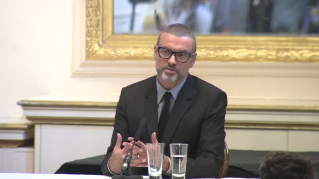 george michael on what the audience can look forward to, covers, collaboration at the george michael press conference at london england. - interview raw footage stock videos & royalty-free footage