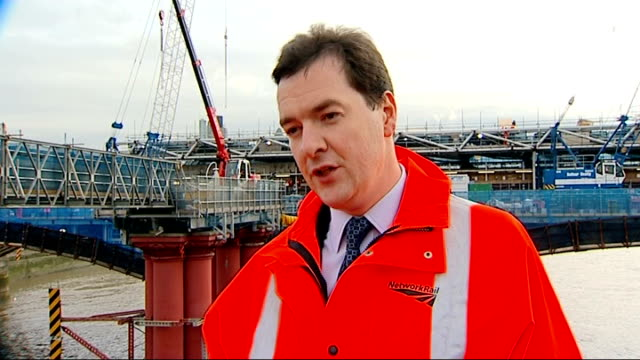 stockvideo's en b-roll-footage met george osborne interview osborne interview sot on george papandreou announcing a greek referendum greece has to make its own decisions / we've got to... - laten zakken
