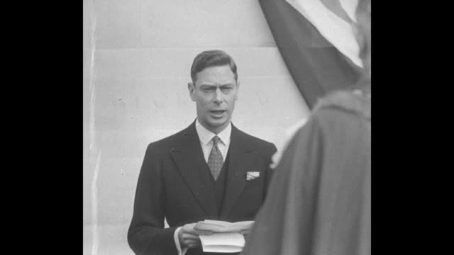 george vi reading his speech of approval in concept, execution and location of the monument / castle and people attending dedication / george vi... - speech stock videos & royalty-free footage