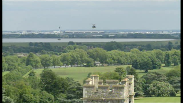 day 1 windsor george bush's presidential helicopter approaching windsor castle george w bush and laura bush disembarking helicopter and greeted by us... - queen elizabeth hall stock videos and b-roll footage