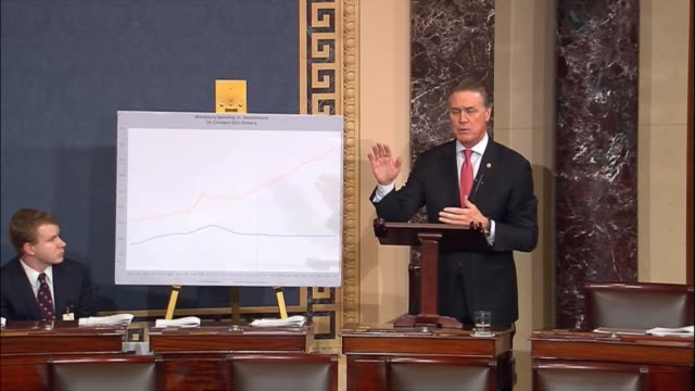georgia senator david perdue argues that the grout government has nearly doubled in size since 2000 but the worst is yet to come with $11 trillion... - 社会保障点の映像素材/bロール