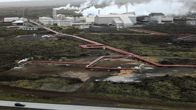 vídeos y material grabado en eventos de stock de geothermal plant - huella de carbono