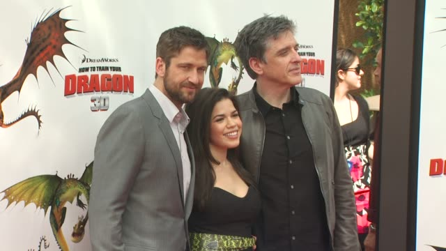 gerard butler , america ferrera , craig ferguson at the 'how to train your dragon' premiere at universal city ca. - america ferrera stock videos & royalty-free footage