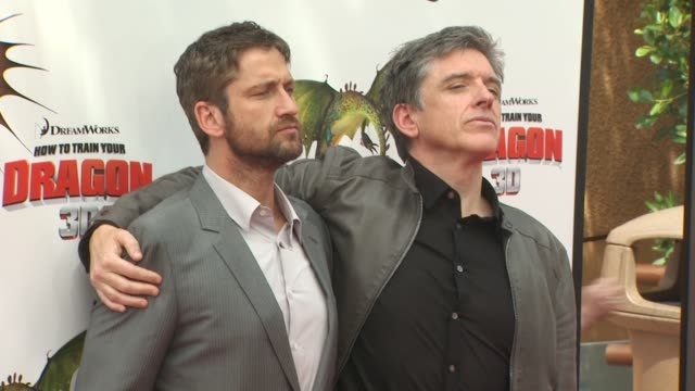 gerard butler chris ferguson at the 'how to train your dragon' premiere at universal city ca - how to train your dragon stock videos & royalty-free footage