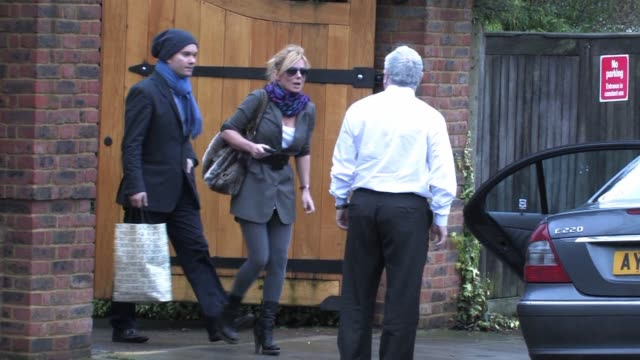 geri halliwell sighted out in central london sighting geri halliwell on january 13 2011 in london england - geri horner stock videos & royalty-free footage