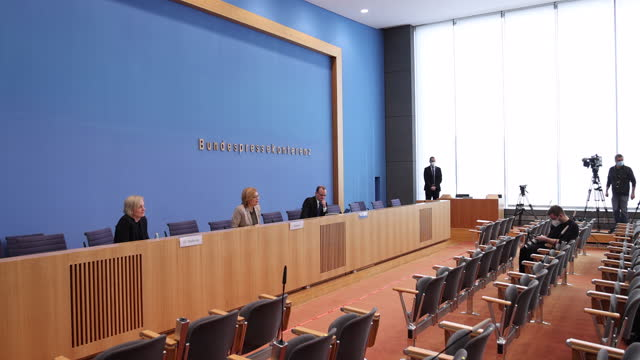 german agriculture minister julia kloeckner speaks to journalists at a press conference to present the annual forestry report on february 24, 2021 in... - landwirtschaftsminister stock-videos und b-roll-filmmaterial