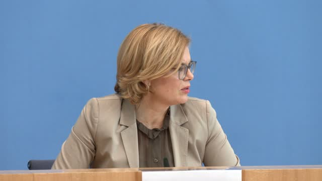 german agriculture minister julia kloeckner speaks to journalists at a press conference to present the annual forestry report on february 24, 2021 in... - 記事点の映像素材/bロール