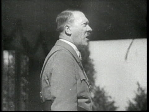 german chancellor adolf hitler delivers an emotional speech. - adolf hitler stock-videos und b-roll-filmmaterial