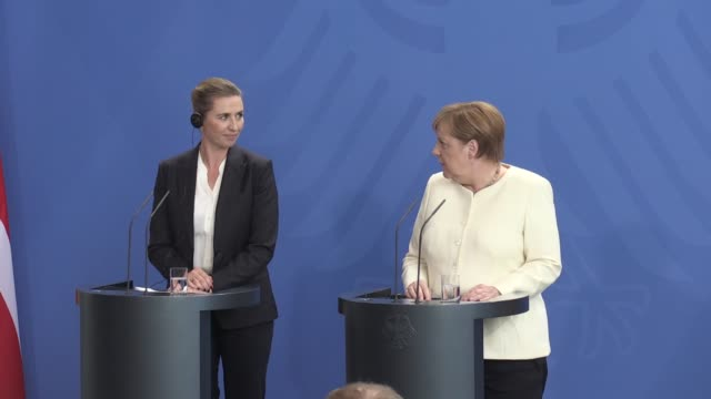 german chancellor angela merkel and new danish prime minister mette frederiksen attend a joint press conference at the chancellery on july 11 2019 in... - チャンセラー点の映像素材/bロール