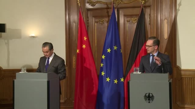 vídeos y material grabado en eventos de stock de german foreign minister heiko maas says that the new coronavirus can never be a justification for racism and hostility towards chinese citizens... - racismo