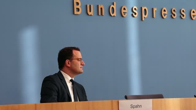 german health minister jens spahn, who recently recovered from a covid-19 infection, attends a press conference during the second wave of the... - press conference stock-videos und b-roll-filmmaterial