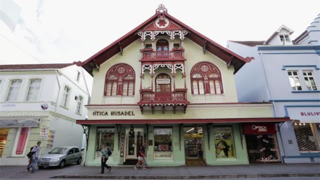 ms german influenced building in blumenau / blumenau, brazil - brasiliano video stock e b–roll