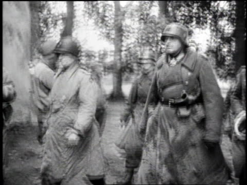 vidéos et rushes de german officers surrendering / cherbourg france - wehrmacht