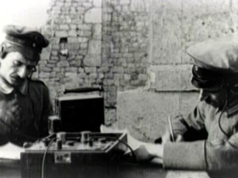 german wwi military communicators at work - germany stock videos & royalty-free footage