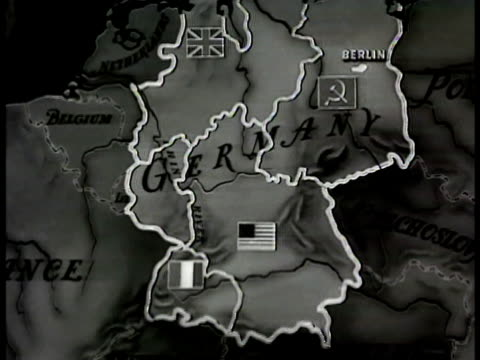 vídeos de stock, filmes e b-roll de germany divided into four controlled zones flags of british french usa soviet animation showing ruhr valley - 1948