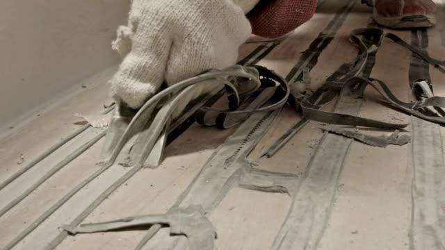 Befreien Sie Ihren Körper von übermäßigen sealant auf der Etage