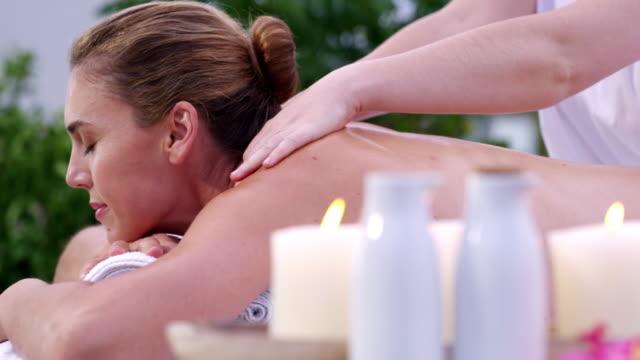 vídeos y material grabado en eventos de stock de cómo eliminar de la tensión - spa