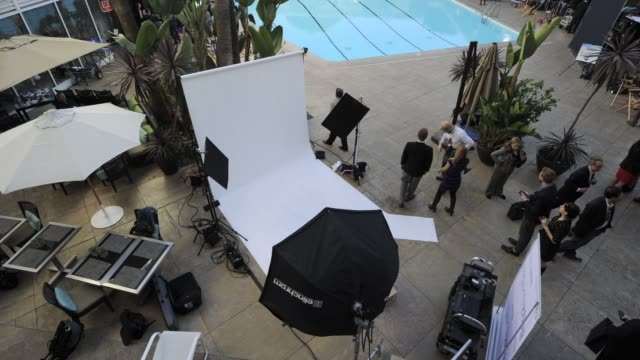 vidéos et rushes de getty images photo shoot at 85th academy awards nominations luncheon timelapse - getty images photo shoot at 85th acade at the beverly hilton hotel... - the beverly hilton hotel