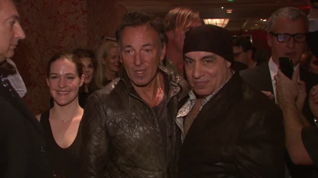 gettyimages celebrity news: 02/03/12 - スティーブン ヴァン ザント点の映像素材/bロール
