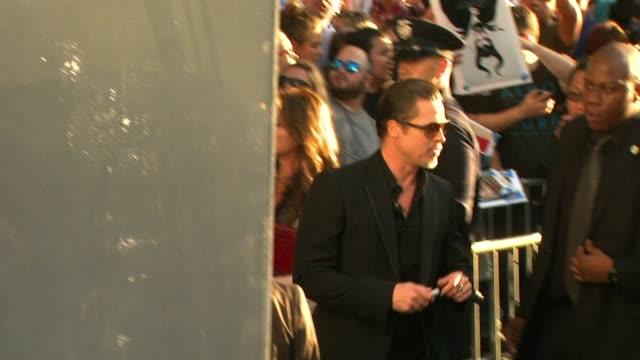 gettyimages celebrity news - - 黒のドレス点の映像素材/bロール