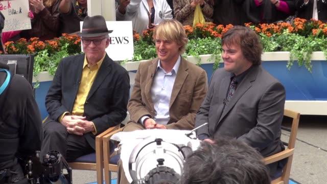 gettyimages celebrity news: 10/4/11 - オーウェン・ウィルソン点の映像素材/bロール