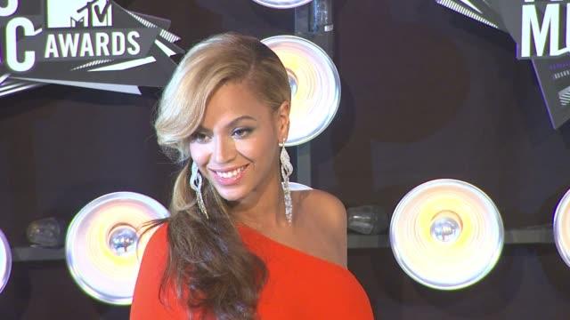 gettyimages celebrity news: 8/29/11 - リック シュローダー点の映像素材/bロール