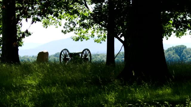 stockvideo's en b-roll-footage met gettysburg cannon - gettysburg