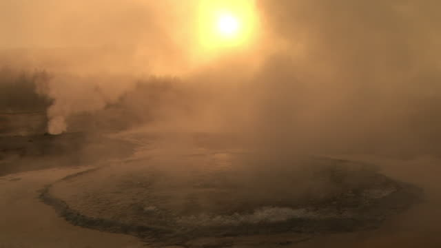 stockvideo's en b-roll-footage met ms, geyser pool at sunrise, upper geyser basin, yellowstone national park, wyoming, usa - sepiakleurig