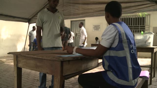 ghana voted in a high stakes presidential election on friday which is expected to be close with the emerging country seeking to live up to its... - election stock videos & royalty-free footage