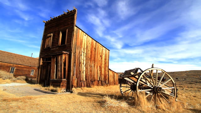 ghost town house or barn 2 - wild west stock videos & royalty-free footage