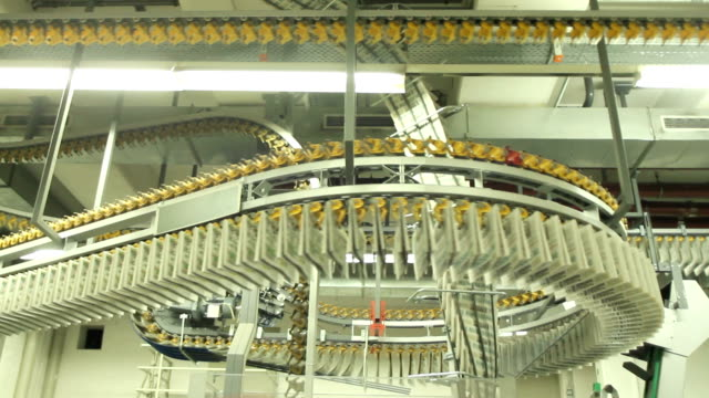 Giant conveyorbelt for newspapers