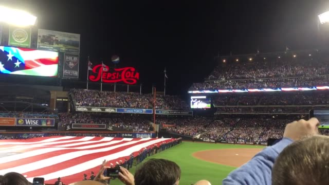 stockvideo's en b-roll-footage met giant us flag and the national anthem sung by billy joel - billy joel