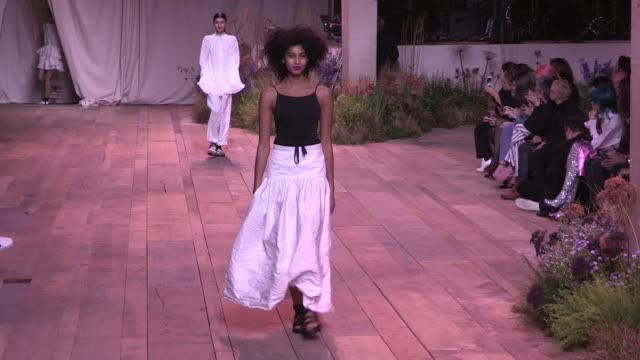 gigi hadid bella hadid winnie harlow amber valletta and more models on the runway for the hm ready to wear fall winter 2017 fashion show in paris on... - amber valletta stock videos and b-roll footage