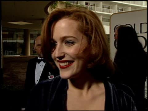 gillian anderson at the 1996 golden globe awards at the beverly hilton in beverly hills california on january 21 1996 - gillian anderson stock videos & royalty-free footage