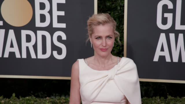gillian anderson at the 77th annual golden globe awards at the beverly hilton hotel on january 05 2020 in beverly hills california - gillian anderson stock videos & royalty-free footage