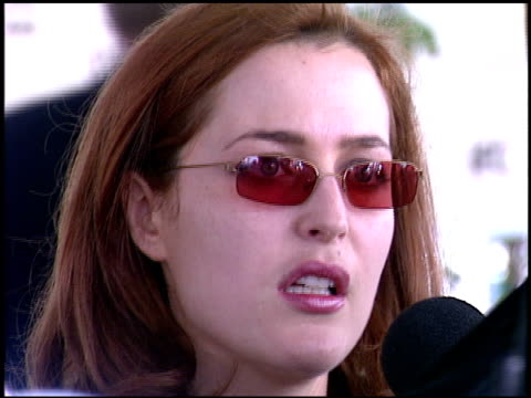 gillian anderson at the independent spirit awards on march 23 2002 - gillian anderson stock videos & royalty-free footage