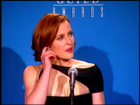 gillian anderson at the screen actor's guild awards at the shrine auditorium in los angeles california on february 22 1997 - gillian anderson stock videos & royalty-free footage