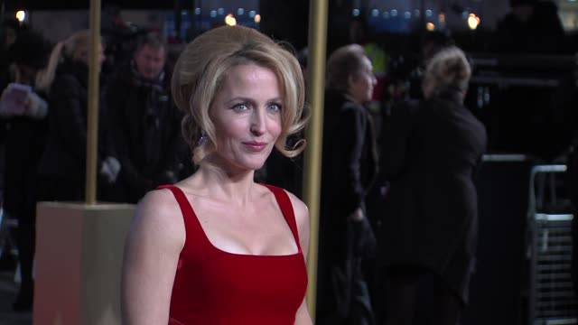 gillian anderson at the world premiere of les miserables at the odeon leicester square on december 5 2012 in london england - gillian anderson stock videos & royalty-free footage