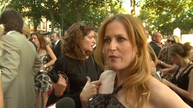 Gillian Anderson on returning to role on next film being hopefully on a tropical beach on Chris Carter being a good godfather on what made her...
