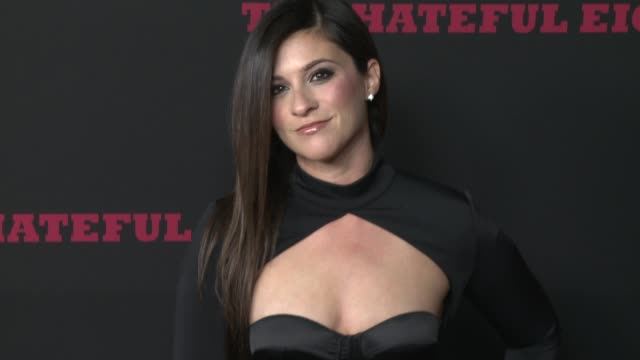 """gina field at """"the hateful eight"""" world premiere at arclight cinemas on december 07, 2015 in hollywood, california. - arclight cinemas hollywood stock-videos und b-roll-filmmaterial"""