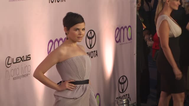ginnifer goodwin at the 2009 environmental media awards at los angeles ca - environmental media awards stock videos & royalty-free footage