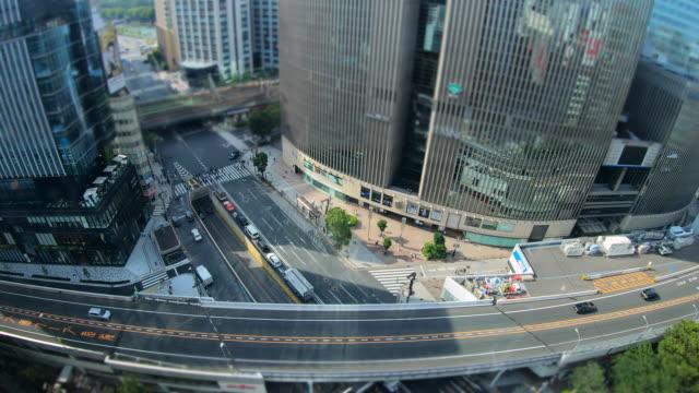 ginza pedestrian crossing in tokyo - plusphoto video stock e b–roll